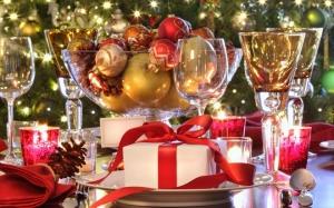 Terített karácsonyi asztal gift