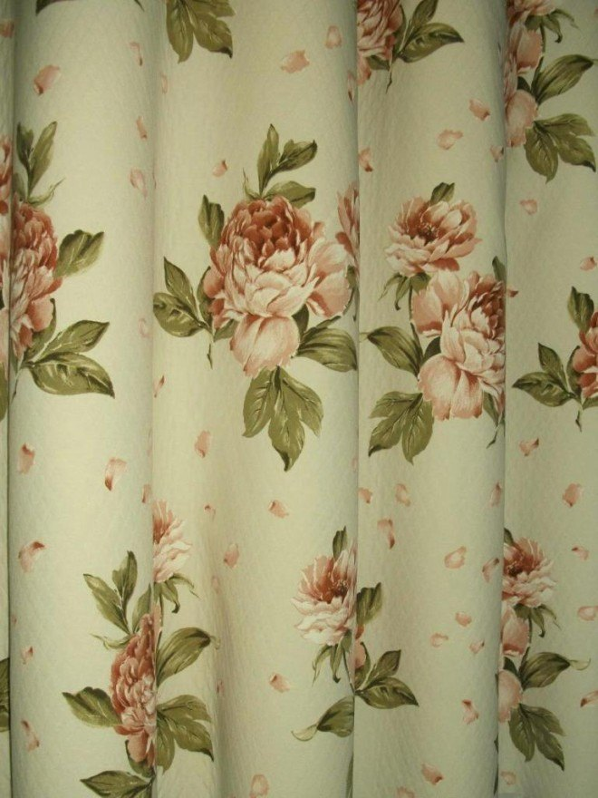 Angol rózsás steppelt pamutvászon   Oldalsál függöny